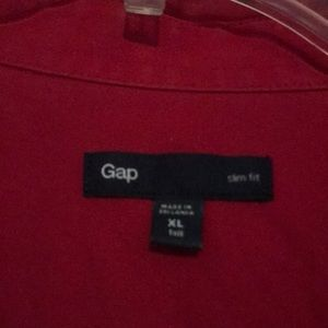 GAP Shirts - Men's red slim fit button down shirt